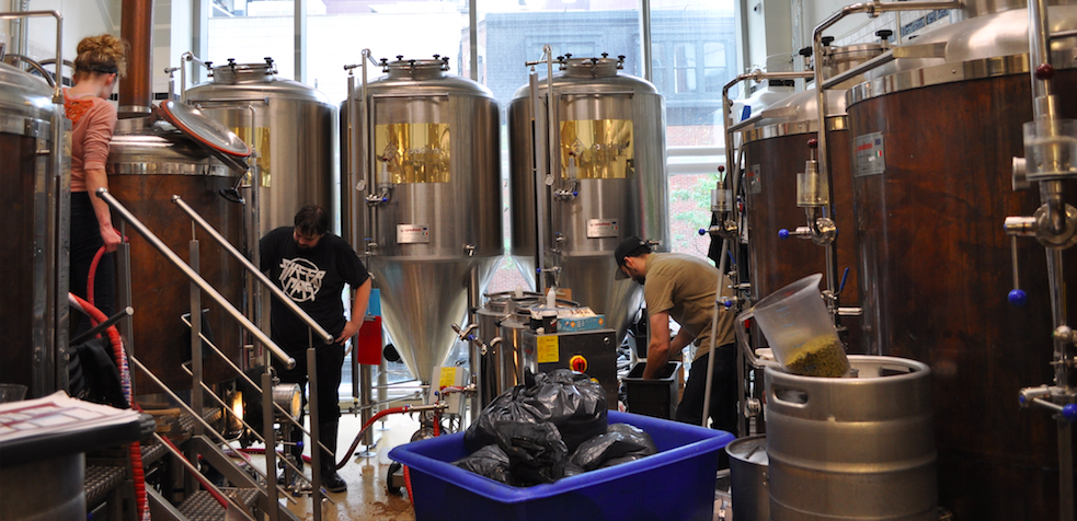 5.5 hectoliters brewhouse from central Italy